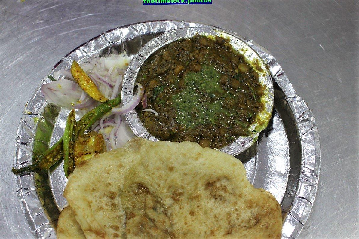 chole bhature at sita ram diwan chand