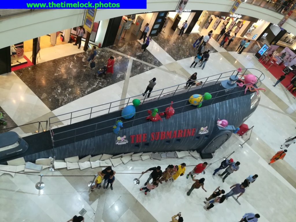 submarine at pacific mall tagore garden